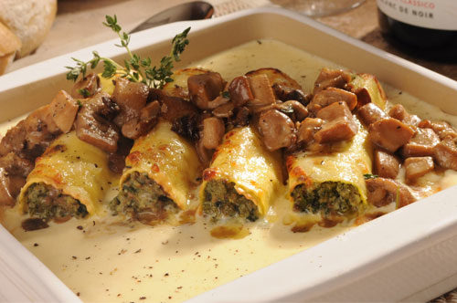 Cannelloni Florentine with Porcini Mushrooms, Grana Padano Sauce and Fontina