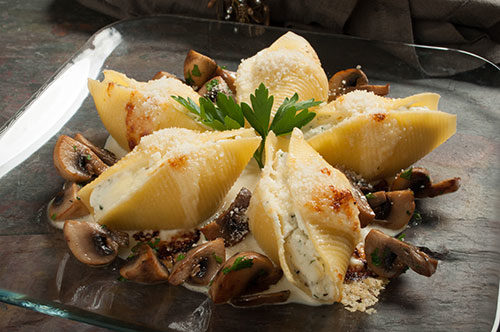 Classic Cheese Stuffed Shells with Champignon and Mornay Sauce