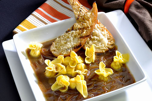 Cheese Sacchetti with Onion Soup